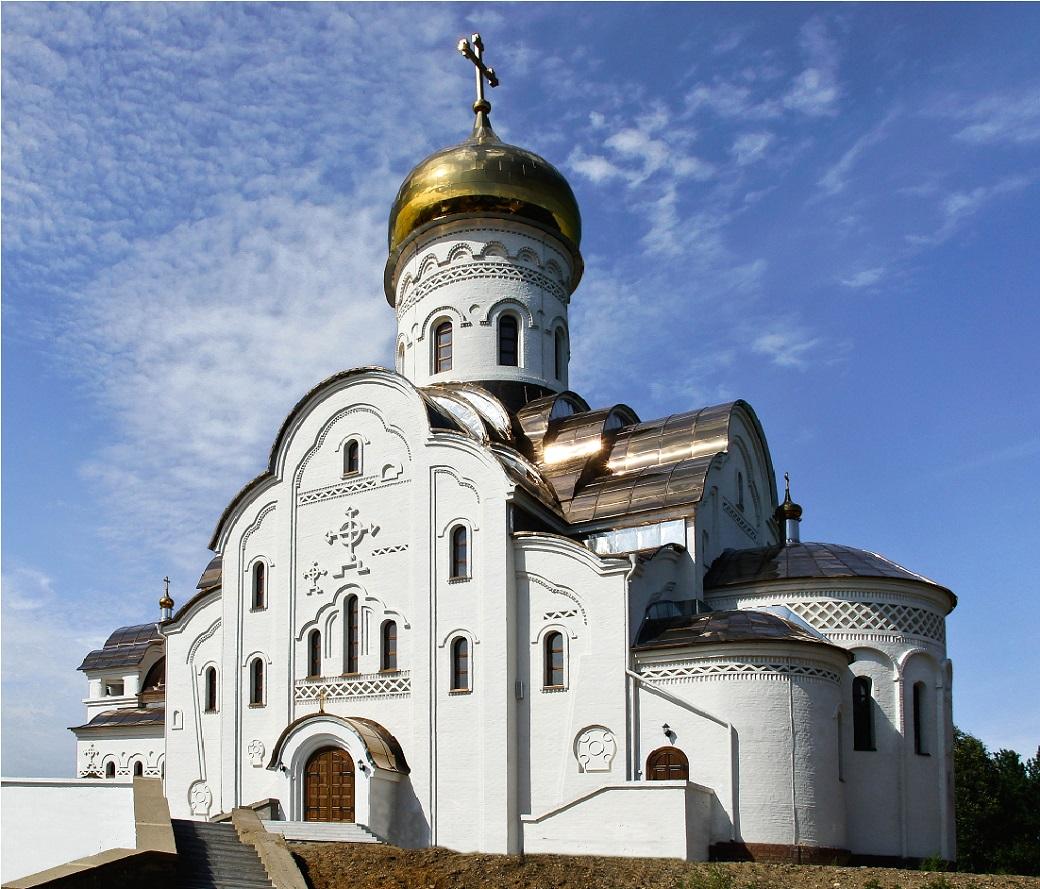 Православный храм в г. Лесосибирске, ул. Промышленная1 — копия.jpg