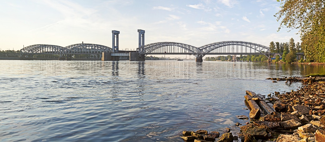 10.1 Железнодорожный Финляндский мост1. Санкт-Петербург — копия.jpg